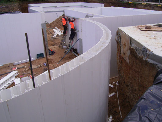 Example curved Dincel Wall